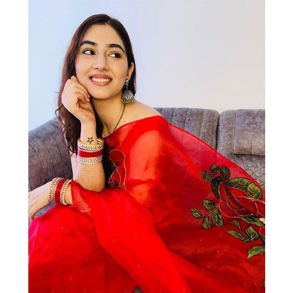 नई-नवेली दुल्हन हैं दिशा परमार (Disha Parmar)