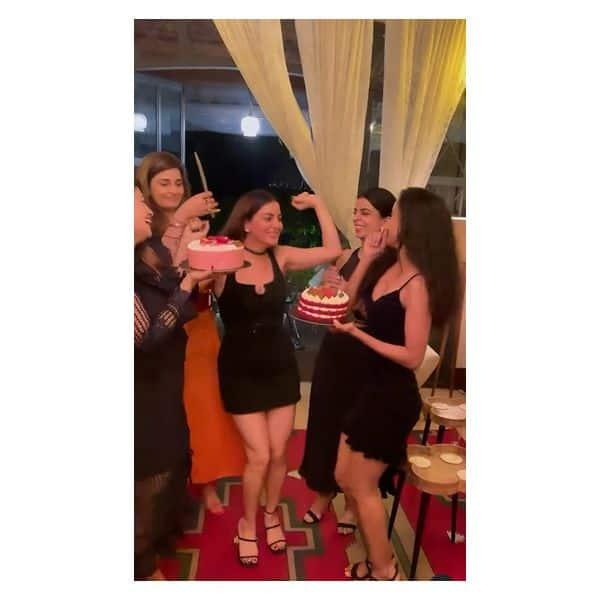 जन्मदिन पार्टी में डांस करती नजर आईं श्रद्धा आर्या (Shraddha Arya)