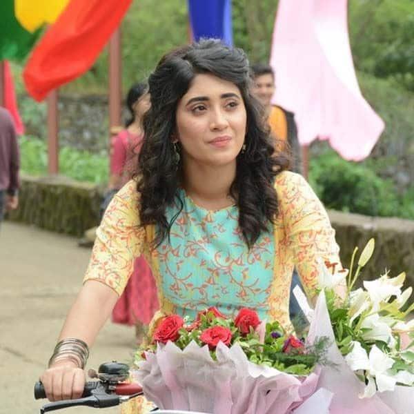 जेल से छूट जाएगी सीरत (Shivangi Joshi)
