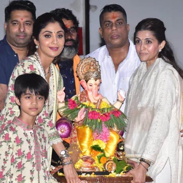 पति की गैर मौजूदगी में शिल्पा शेट्टी ने किया बप्पा का विसर्जन