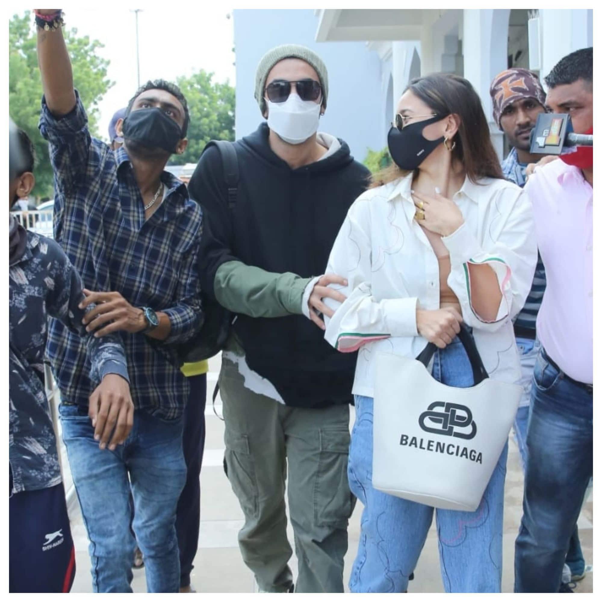 रणबीर ने गर्लफ्रेंड आलिया को बचाया