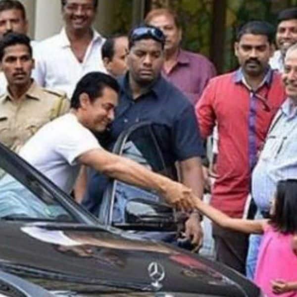 Yuvraj follows Aamir like a shadow