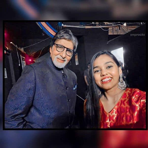Shanmukhapriya's cool selfie