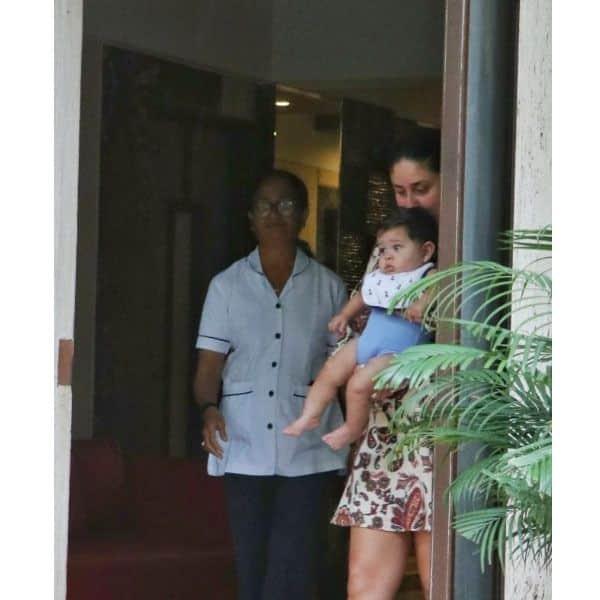 Kareena ने नहीं छुपाया बेटे का चेहरा