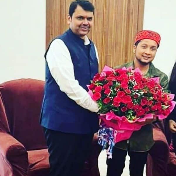 Pawandeep with Devendra Fadnavis
