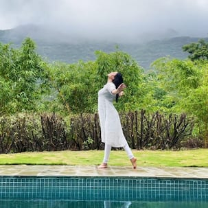 Aarya 2 actress Sushmita Sen's carefree rain dance by the pool will set your heart aflutter – watch video