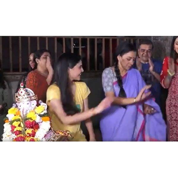 अनुपमा के सेट पर रूपाली गांगुली (Rupali Ganguly) ने किया डांस