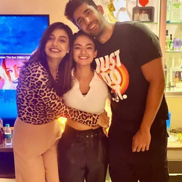 Varun, Divya and Anushka