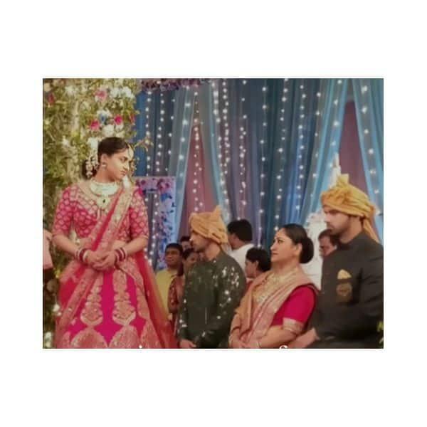 सिमर (Radhika Muthukumar) ने चिढ़ाया माताजी को मुंह
