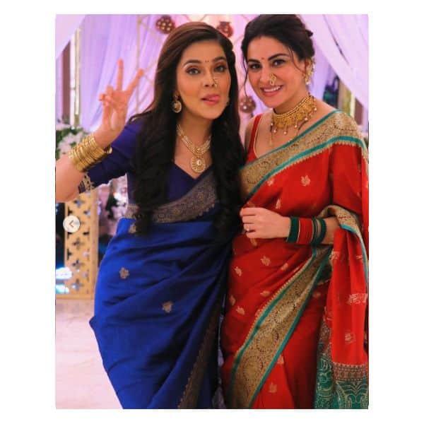 सोनाक्षी (Mansi Srivastava) ने की प्रीता (Shraddha Arya) से दोस्ती