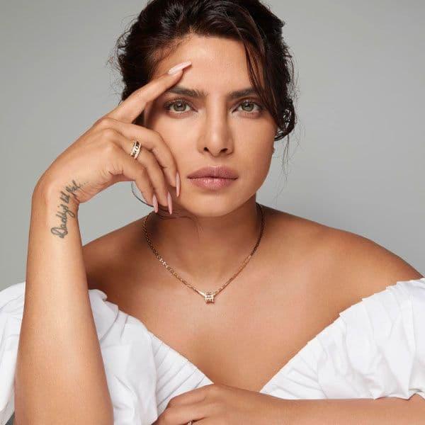 प्रियंका कपड़ा (Priyanka Chopra)