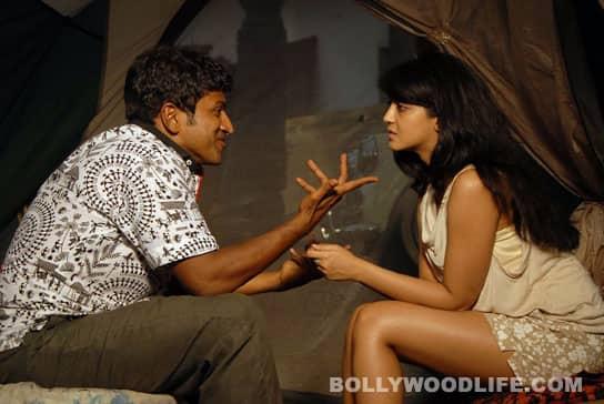 Puneet Rajkumar and Deepa Sannidhi in 'Paramathma'