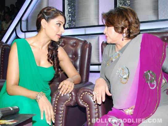 Bipasha Basu and Helen promote 'Jodi Breakers' on the sets of 'Dance India Dance'