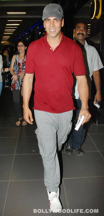 Akshay Kumar, John Abraham and 'Housefull 2' team photographed at the airport
