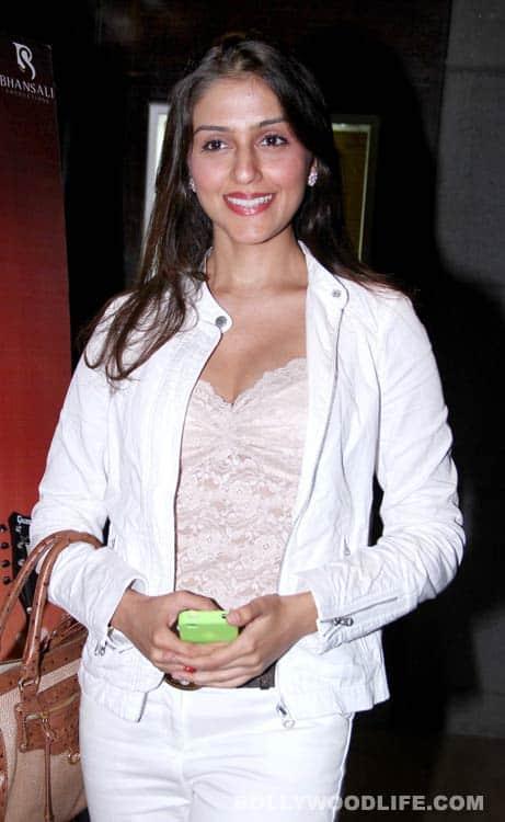 Sonam Kapoor, Ranveer Singh, Deepika Padukone at Shirin Farhad Ki Toh Nikal Padi premiere