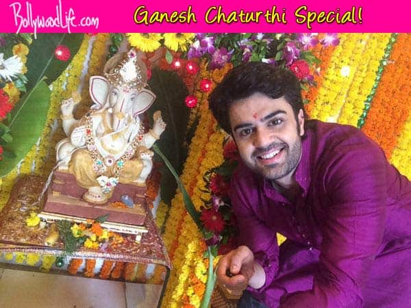 Ganesh Chaturthi 2014: Manish Paul clicks a selfie with Ganpati!