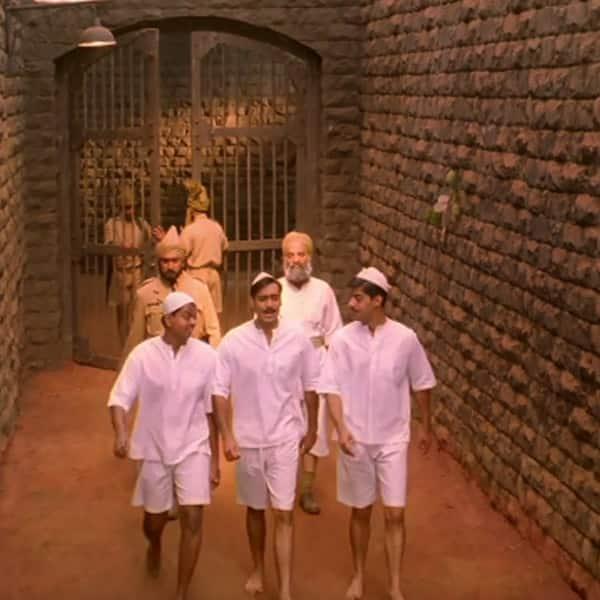 Ajay Devgn's still from 'Mera Rang De Basanti Chola' of 'Legend of Bhagat  Singh'