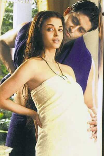 Aishwarya Rai Bachchan played pregnant in 'Guru'