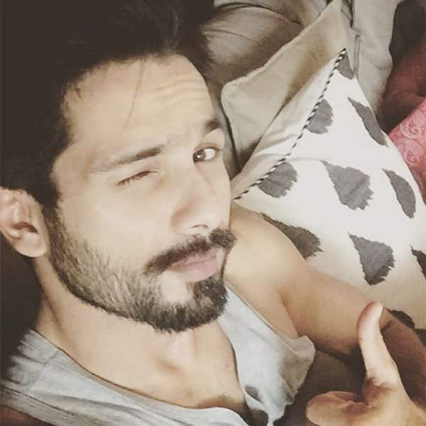 Shahid Kapoor chillaxing at his place