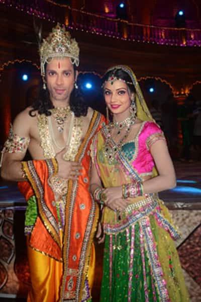 Karan Singh Grover as Krishna and Bipasha Basu as Radha