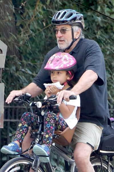 Robert De Niro with wife Grace Hightower had baby through surrogate mother