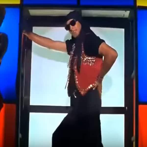 Tu Cheez Badi Download 2017: 5 Things You Didn't Know About Akshay Kumar And Raveena
