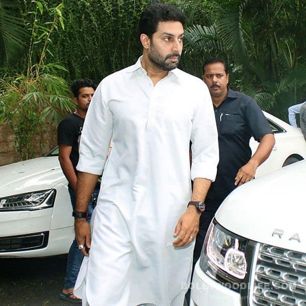 Abhishek Bachchan lends support to Hrithik Roshan