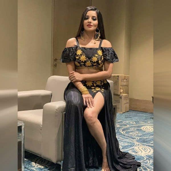 Monalisa rocks an Arabic dress