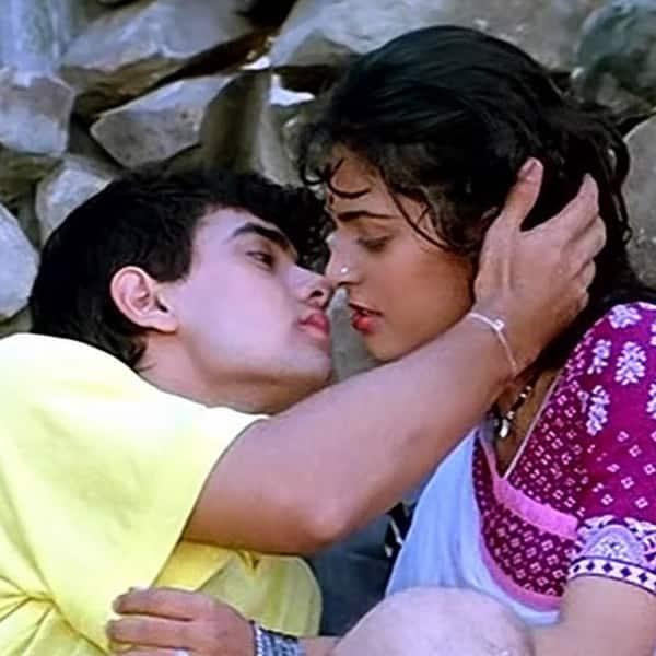 Aamir Khan And Juhi Chawlas Sweet Kiss In Qayamat Se Qayamat Tak
