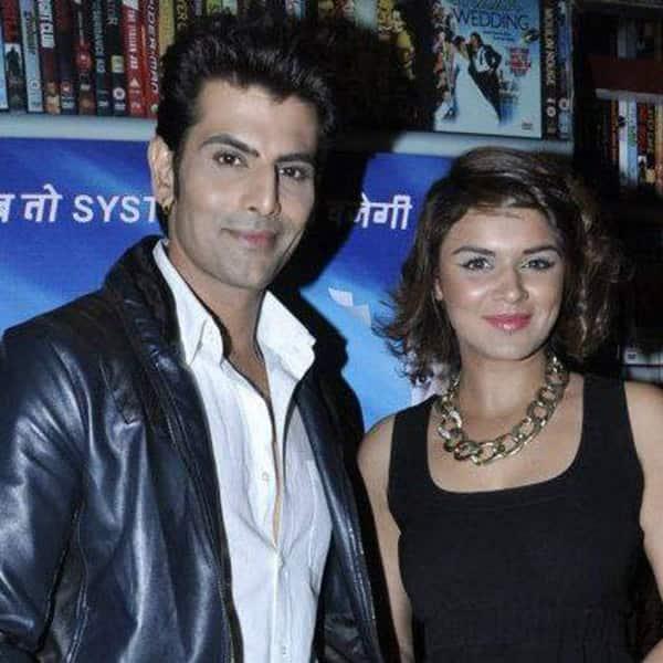 Aashka goradia dating rohit bakshi photos 9