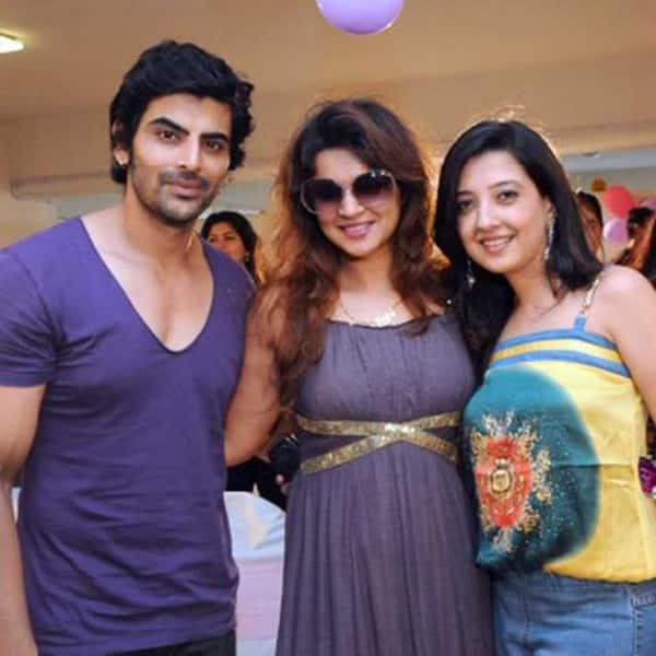 It's a SPLIT for TV actress Aashka Goradia and 'Siya Ke ... Rohit Bakshi Girlfriend