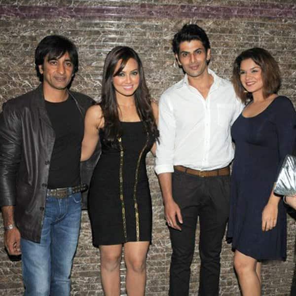 Aashka goradia dating rohit bakshi and aashka