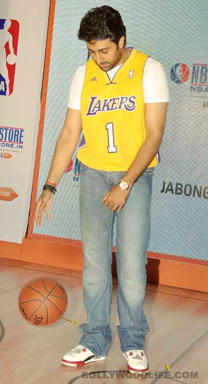 Abhishek Bachchan flaunts his sporty side!