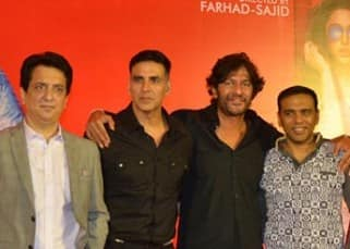Akshay, Abhishek, Riteish celebrated the success of 'Housefull 3' with media and pizzas!