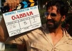 Akshay Kumar and Karisma Kapoor share a warm hug on Gabbar sets!