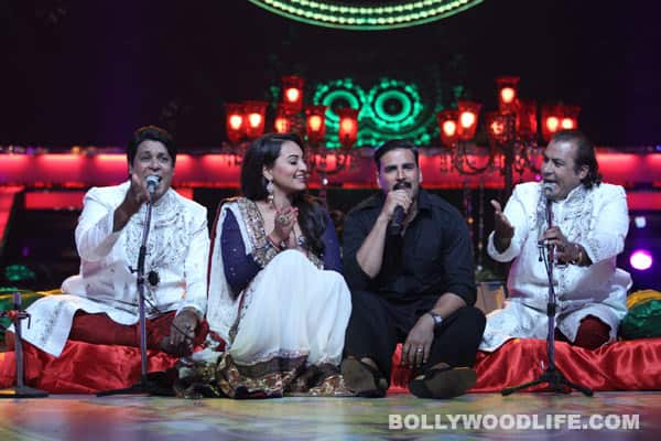 Akshay Kumar, Sonakshi Sinha, Lauren Gottileb perform for Jashn-e-Eid on Colors