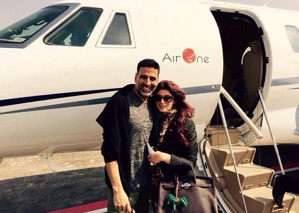 Akshay Kumar takes off in an Air One as Brack Obama has booked Air Force One!