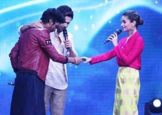 Alia Bhatt and Varun Dhawan meet the contestants of Indian Idol while promoting Badrinath ki Dulhania