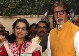 Amitabh Bachchan during flag off Tiger Conservation Bike Rally with Sudhir Mungantiwar and Shaina NC