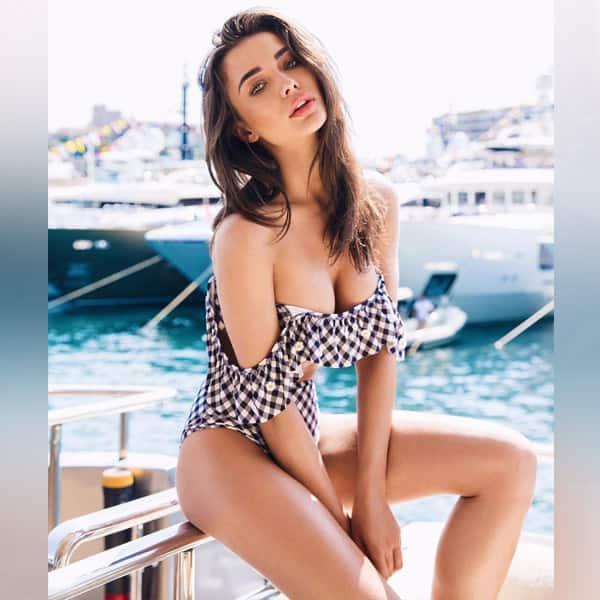 sexy toned women hd