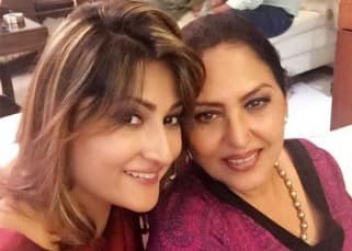 Anju Mahendroo with Urvashi Dholakia during her birthday party