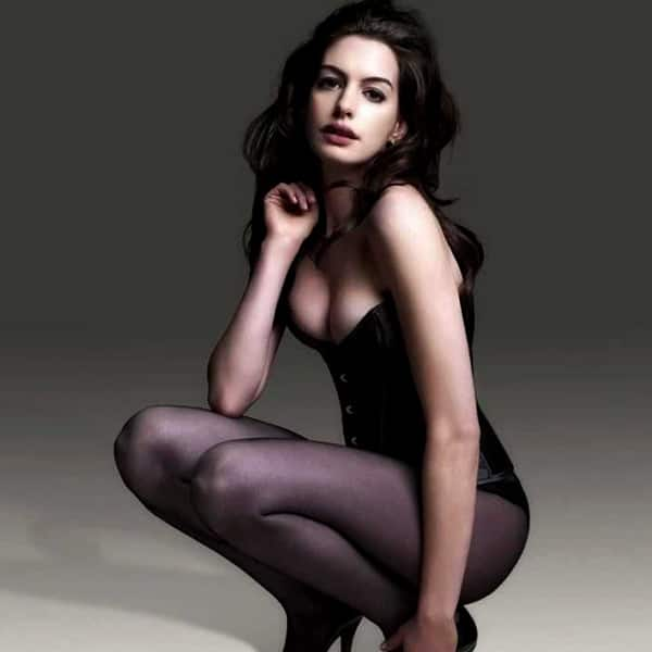 Anne hathaway naked pics with