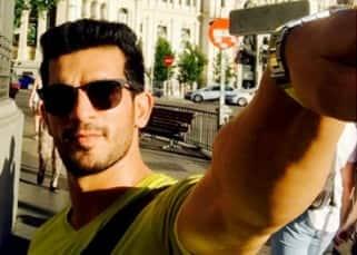 Arjun Bijlani's selfie from Madrid,  Spain