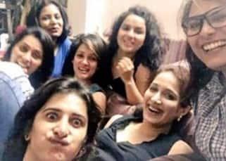 Arya Menon, Seema Azmi, Sagarika Ghatge at Vidya Malvade's house