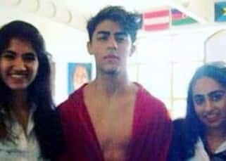 Aryan Khan clicked flaunting his abs again