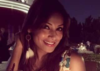 Bipasha Basu spotted at a restaurant