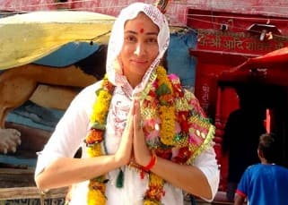 Bollywood babe turned nun Sofia Hayat takes a spiritual tour of Varanasi, see pics!