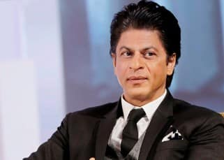 Bollywood megastar Shah Rukh Khan launches furnishing brand D'Décor's digital app!