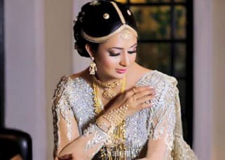 Divyanka Tripathi's heart warming bridal avatar