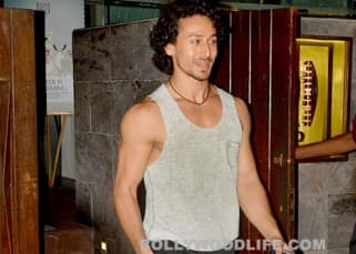 Exclusive: Tiger Shroff goes on a dinner date with girlfriend Disha Patani, see pics!
